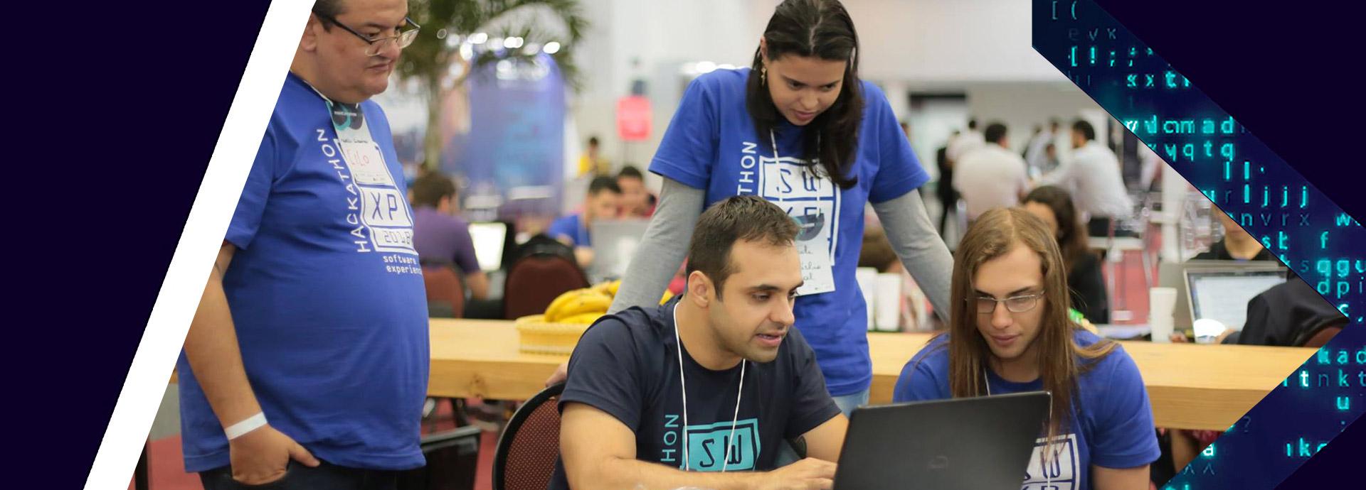 Hackathon, palestras e uma área demo
