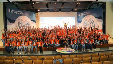 Foto dos participantes presentes durante o Programa Inova Jovem 2019