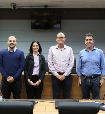 Da esquerda para direita: Fábio Ferreira e Prof. Anapatrícia Vilha da InovaABC, Prof. Sérgio de Queiroz do IG Unicamp e Fapesp e Prof. Newton Frateschi da Inova Unicamp