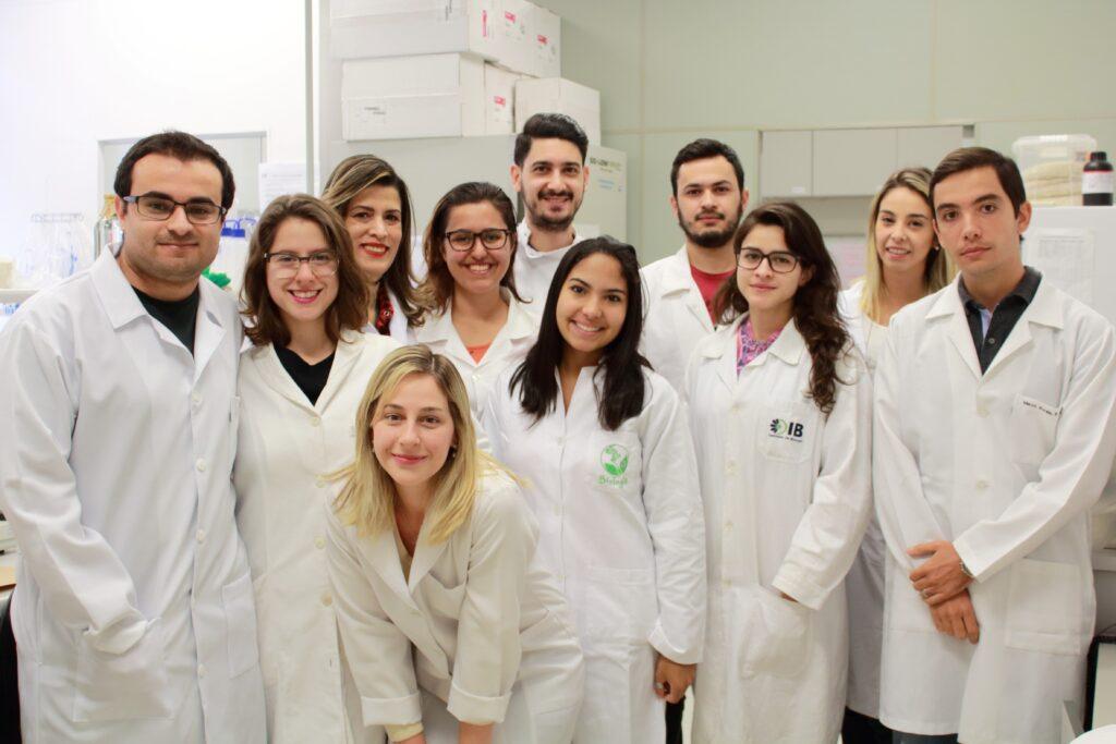 Grupo de pesquisa do Prof. Marco Vinolo