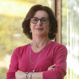 Profa. Ana Frattini