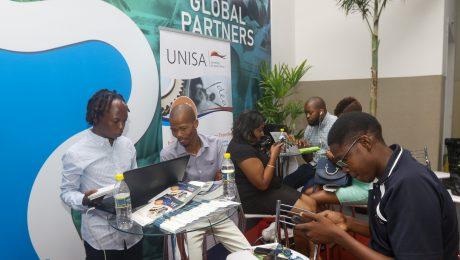 Membros da Universidade UNISA no encontro do Global Partners em 2019